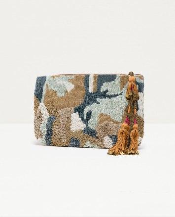 Box Bag con borlas